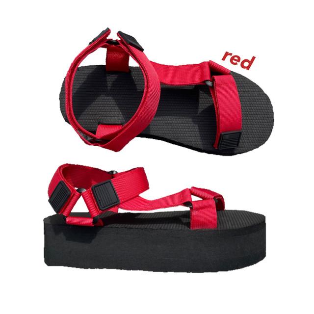 platform sports sandal [red]
