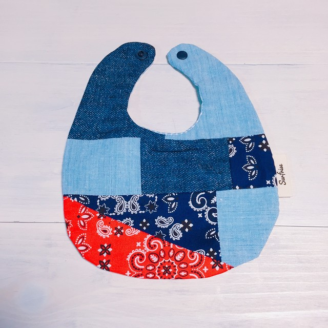 Denim baby bib E5