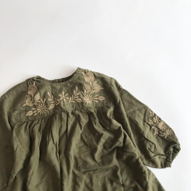 刺繍クラシカルワンピース