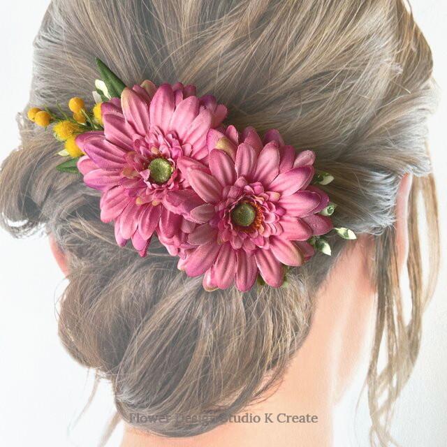 ピンクのガーベラとミモザのバレッタ 髪飾り ミモザ バレッタ  ピンク 入学式 卒業式 結婚式 フォーマル