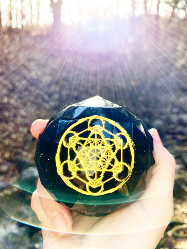 【特大宝珠オルゴナイト・9】イヤシロチパウダー&メタトロンキューブ&モリオン
