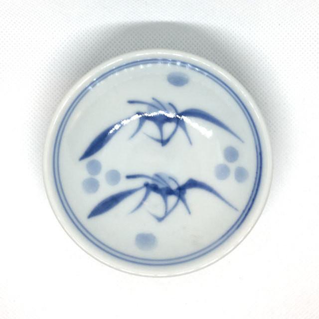 【砥部焼/梅山窯】3寸小皿(一つ唐草)
