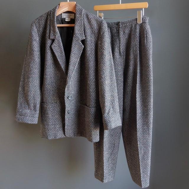 jacket×tapered pants set up