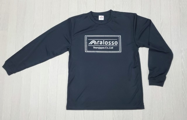 スポーツタグロゴロングTシャツ