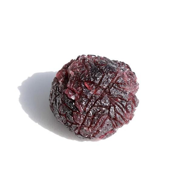 パイロープガーネット結晶