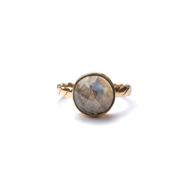 CIRCLE STONE FLAT TWIST RING -Labradorite-