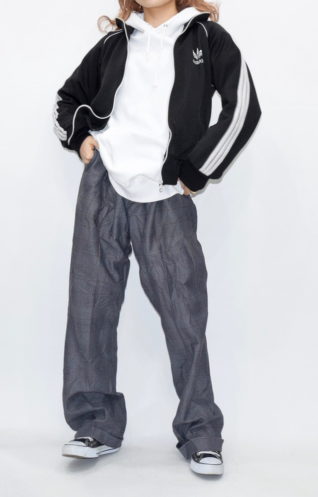 【WEB限定】GLID-CHECK SLACKS(DARK GREY)