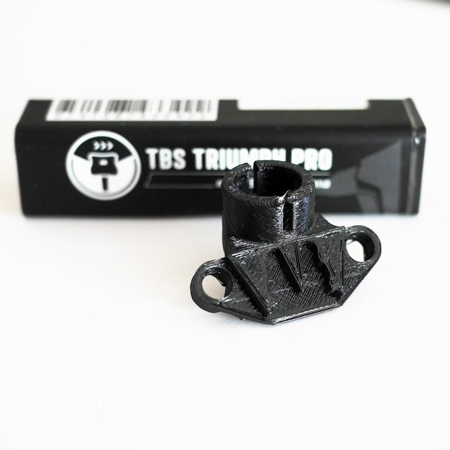 TBS Triumph Pro + VQ221 アンテナマウントセット