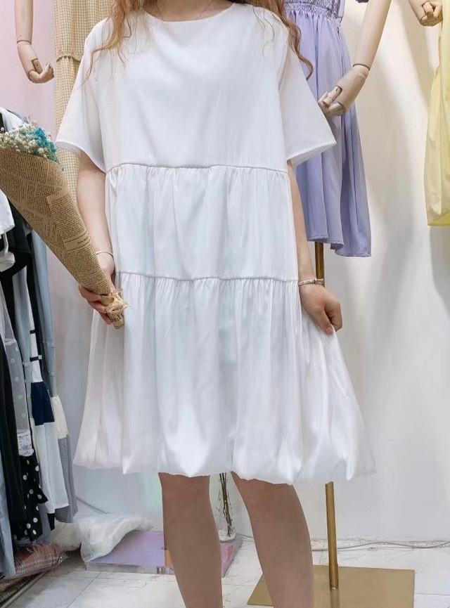 【アパレル・トップス】後ろおリボン 裾バルーン・ホワイト