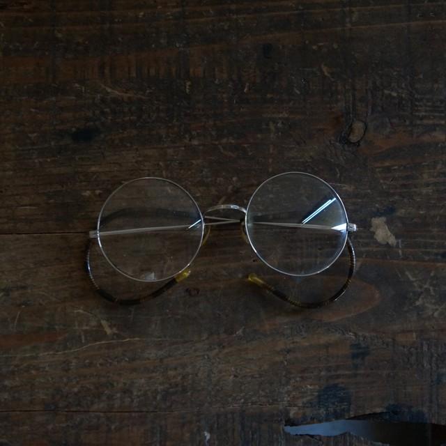 古い国産の眼鏡フレーム