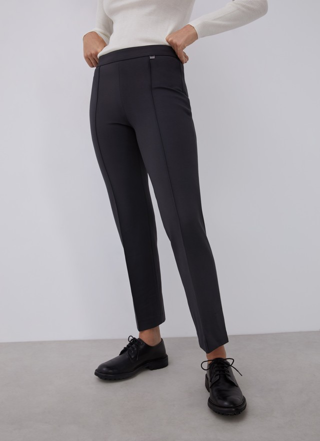 STRAIGHT TROUSERS WITH FRENCH SEAMS