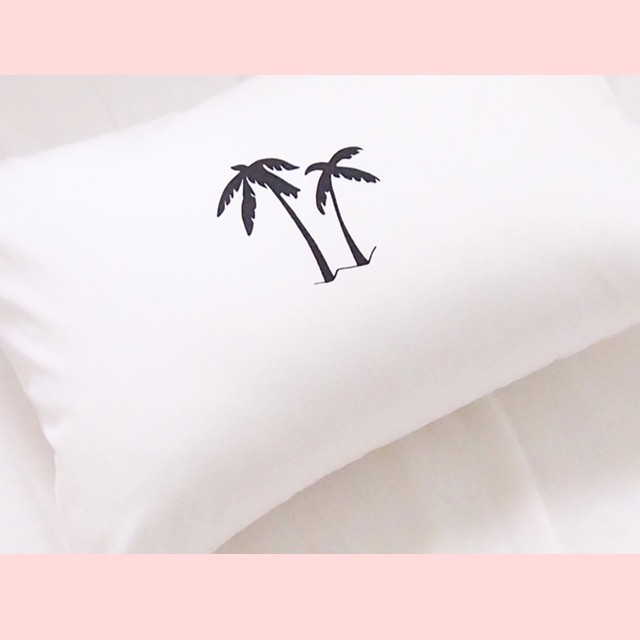 """the icon"" PALM TREE PILLOW CASE"