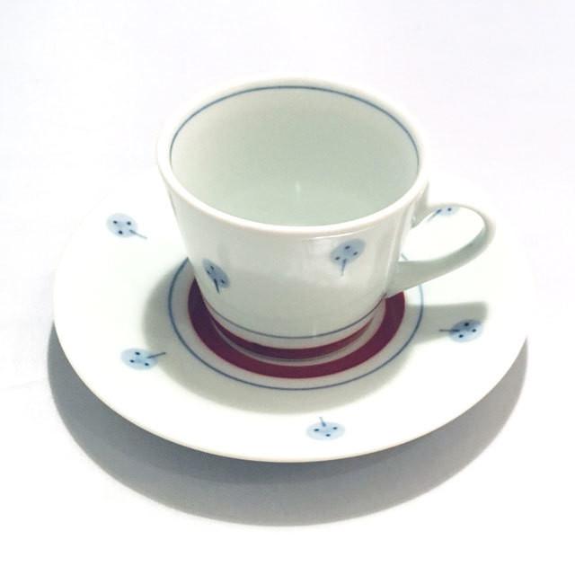【砥部焼/梅山窯】コーヒー碗皿・蕎麦猪口型(赤菊)