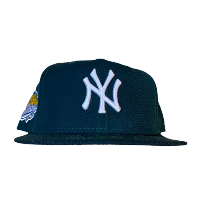 NEW ERA New York Yankees 1999 World Series 59Fifty Fitted / Dark Green×White (Pink Brim)