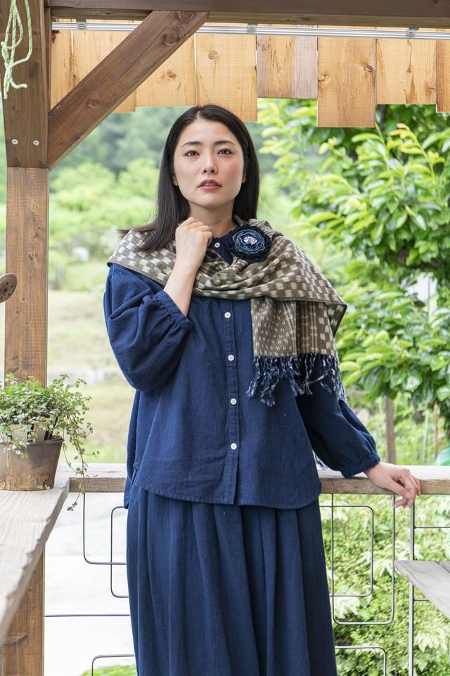 21AWカタログ(P7.21使用)SK-05 スカート藍染×茶 太縞