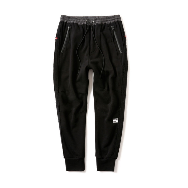 MAGIC STICK PROTECT YA SAROUEL ¾ Sweat Pants BLACK