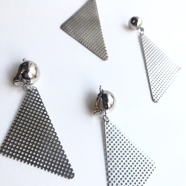 Silver mesh triangle earrings No.408