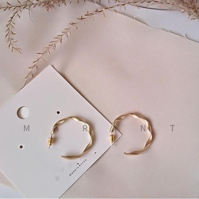 design pierce  /  A022