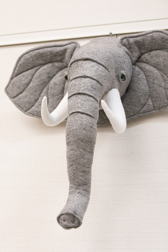 【Hande und Stitch】African elephant ANIMAL TROPHY