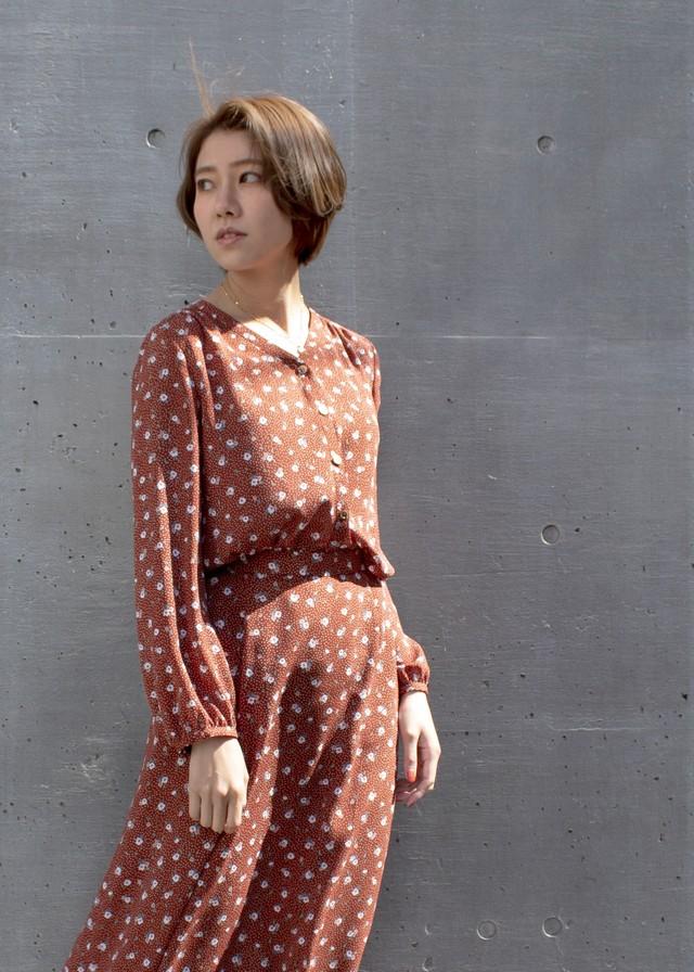 アンティーク小花プリント ブラウス/ブラウン No.98426731/35