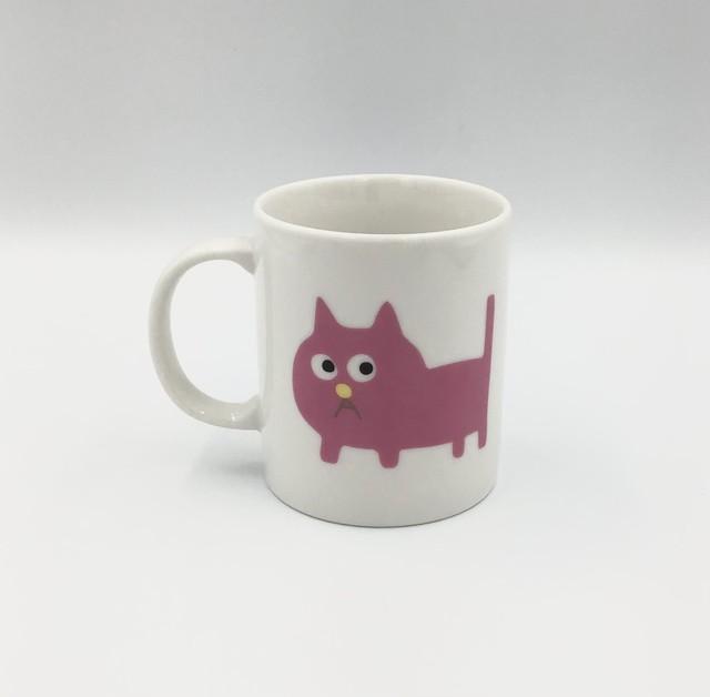 飯川雄大 《デコレータークラブ ―ピンクの猫の小林さん―》マグカップ