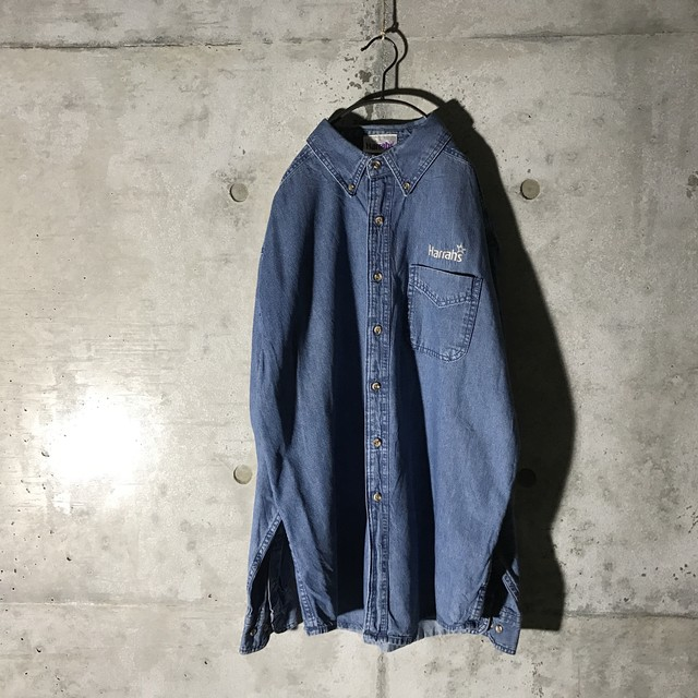 [used] four pockets like suede shirt