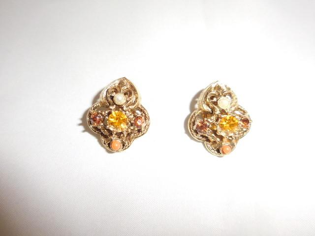 アメリカ製イヤリング(ビンテージ) vintage earrings (made in U.S.A)