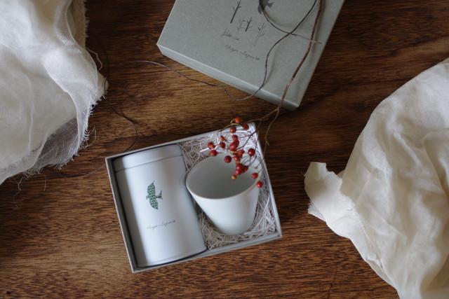 ギフトセット(おやつのお茶+湯呑煎茶碗白磁)