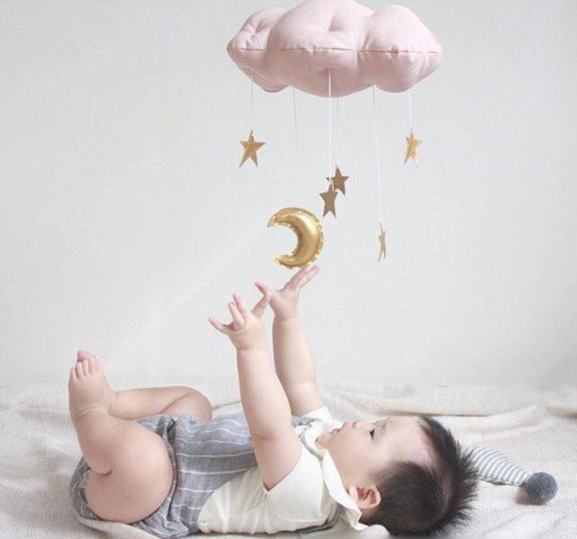 新作☆ふわふわ雲と星のモビール
