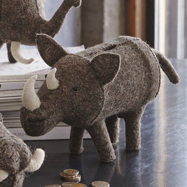 Roost サファリ Safari Rhino Felt Piggy Bank フェルト貯金箱 サイ