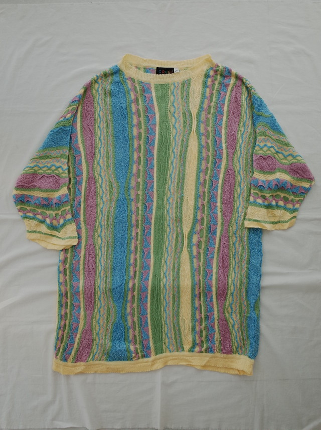 Used COOGI half sleeve knit