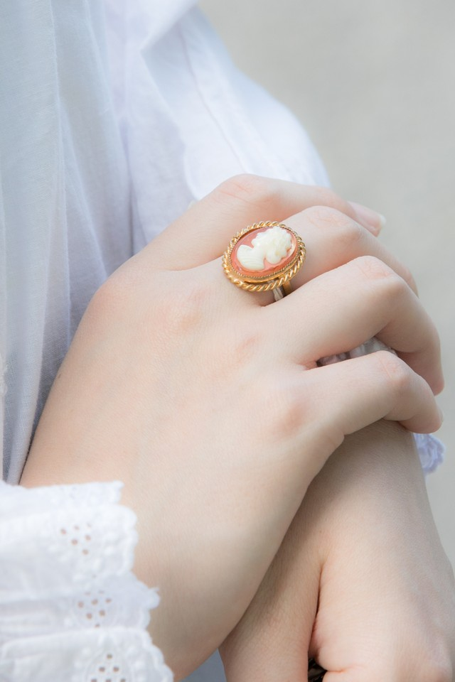 【Run Rabbit Run Vintage 】Cameo ring