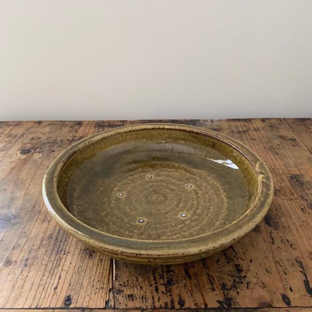 2 叶谷真一郎     7.5寸 石皿    黄土灰釉