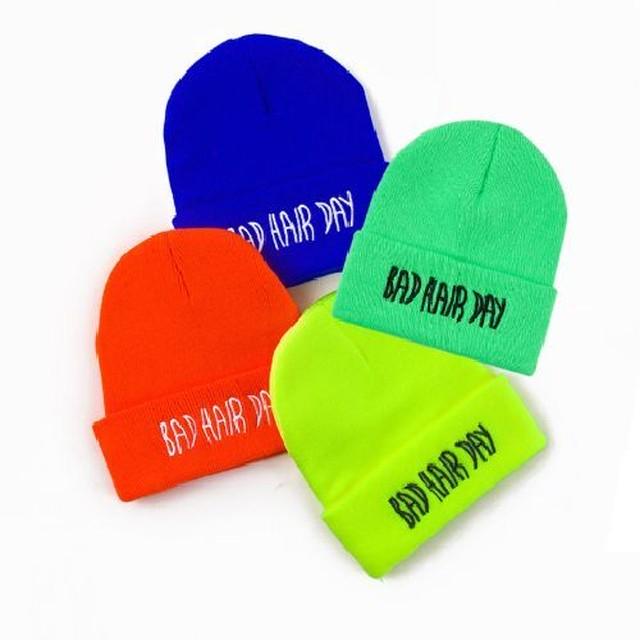 フリーサイズ 4カラー★ ニット帽 カラフル 刺繍 A/W