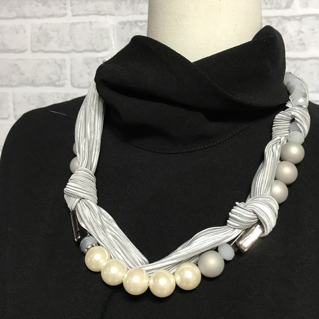 【 UNSEABLE 】Pearl ribbon neckless / Silver