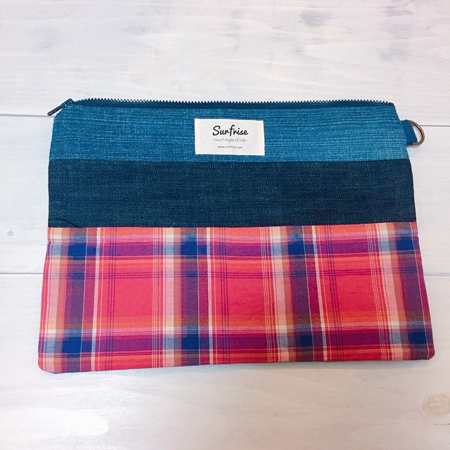 Denim clutch bag Check8(Red)