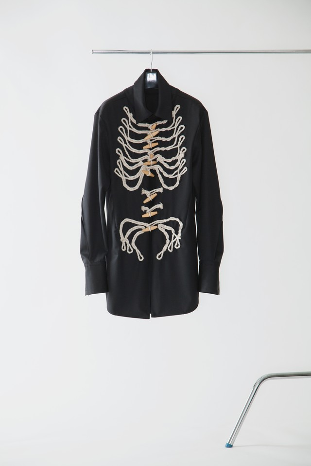 【FW20 先行受注】bone embroidery shirt