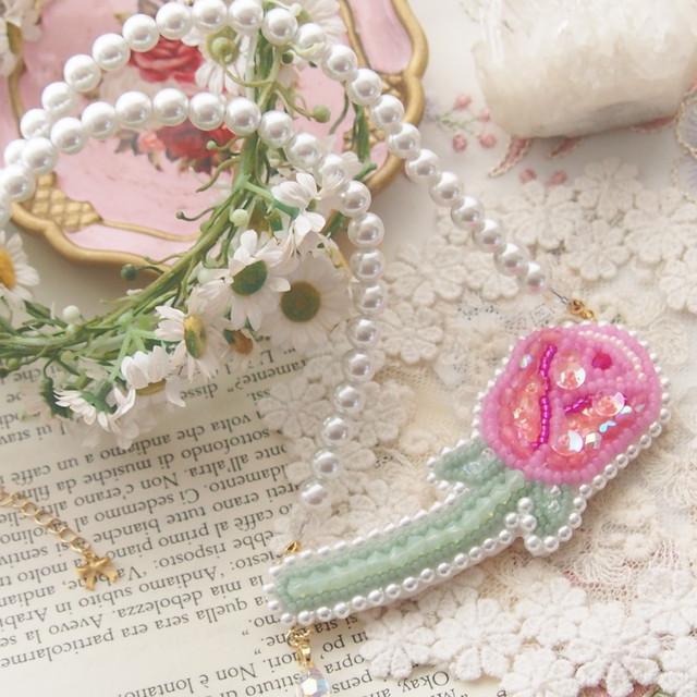 【3/7 22:00〜】一輪のバラのネックレス