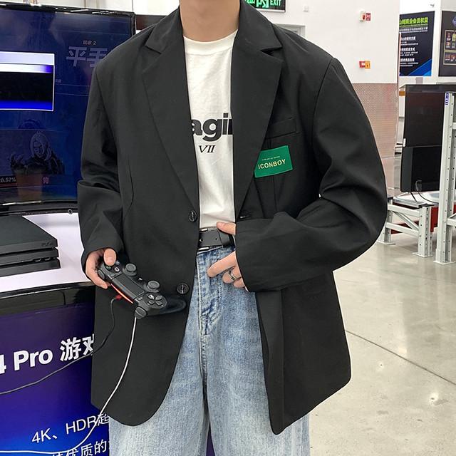 ダブルボタンスーツジャケット