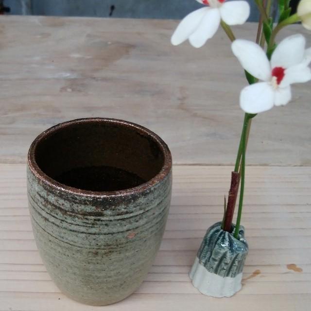 一輪挿し(ロー)【平と米の制作所=平米】平安山なほみ・米須美紀