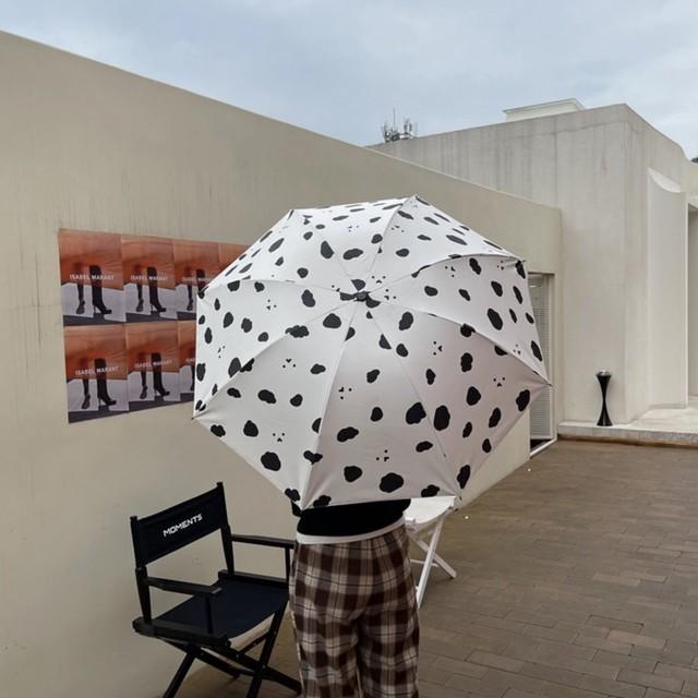 傘 折り畳み傘 雨傘 日傘 韓国 晴雨兼用 雨天兼用 おしゃれ かわいい 模様 シンプル 女性 レディース 通勤 通学 モノクロクラウド柄傘