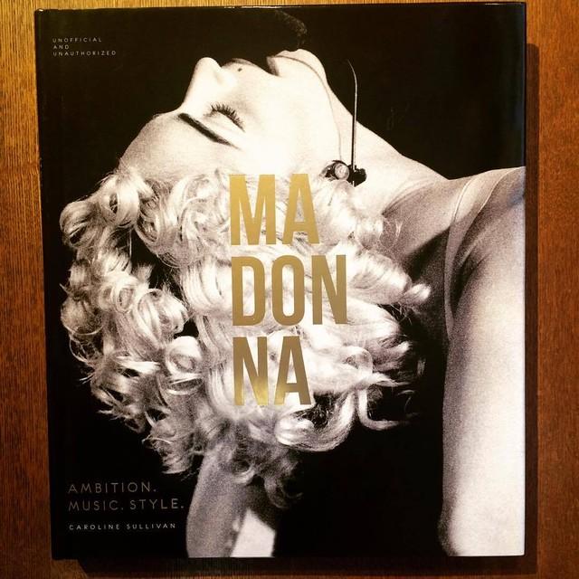 マドンナ写真集「Madonna: Ambition. Music. Style.」 - メイン画像