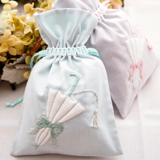 刺繍のキット ヤドリギのオーナメント