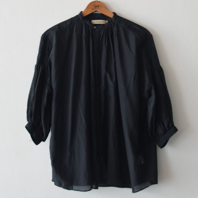suzuki takayuki スズキタカユキ puff-sleeve blouse BLACK S201-15