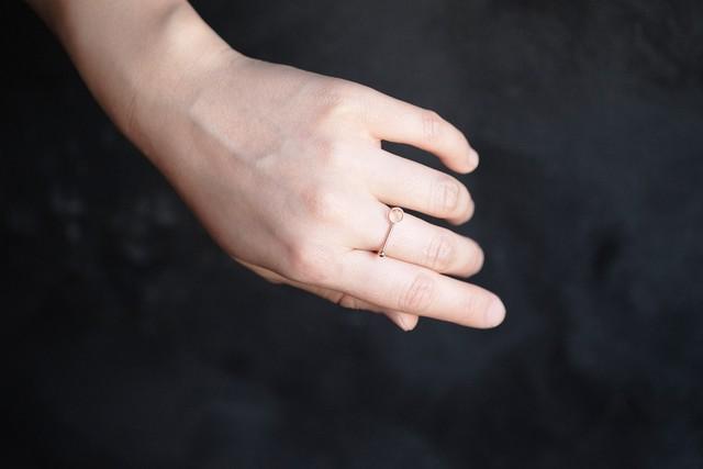 線と円の指輪no2 (gold)