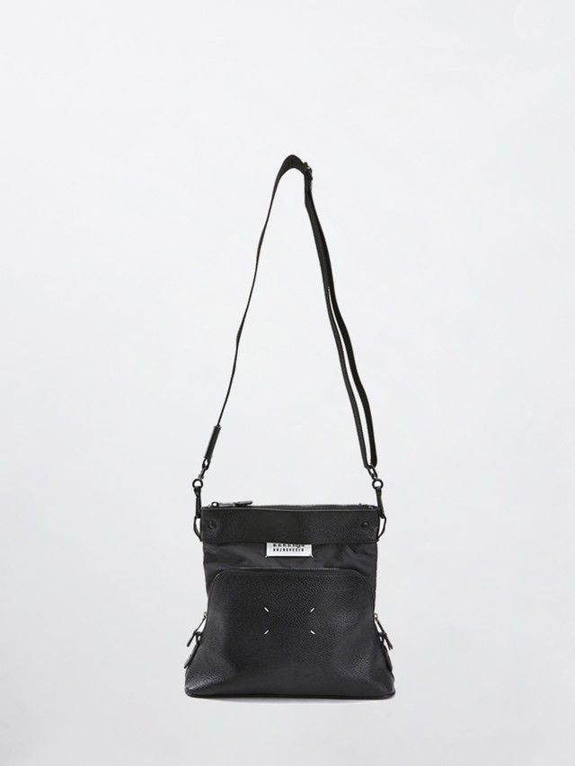 MAISON MARGIELA Shoulder Bag Black S55UI0174