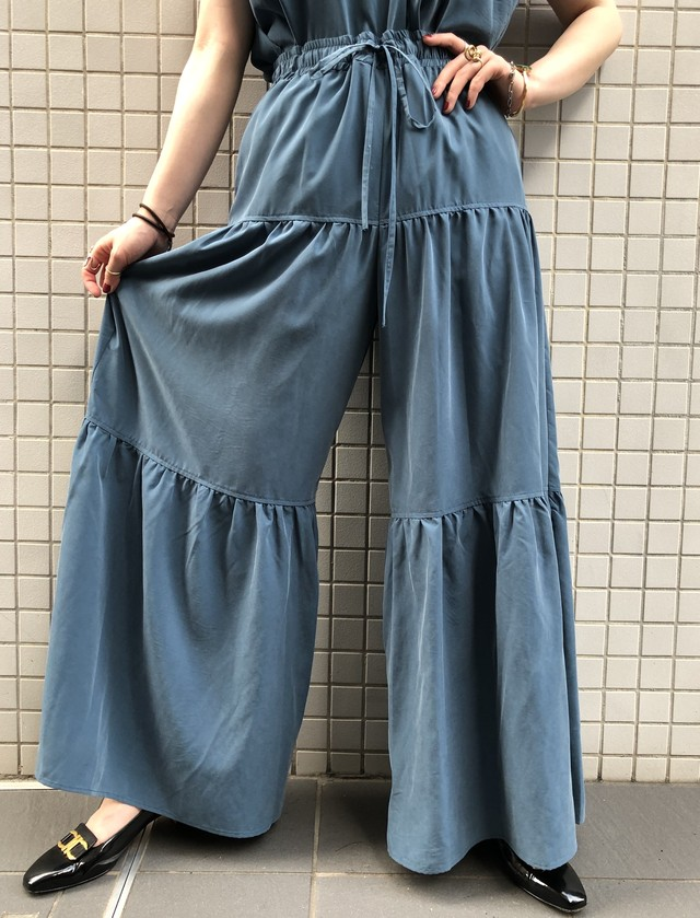 """CaNARi"" original tiered pants (Black.Smoky blue)"