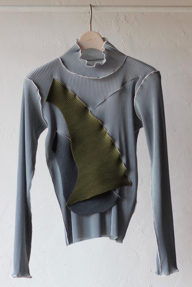 【KOTOHAYOKOZAWA】pleats top long sleeve high neck-gray