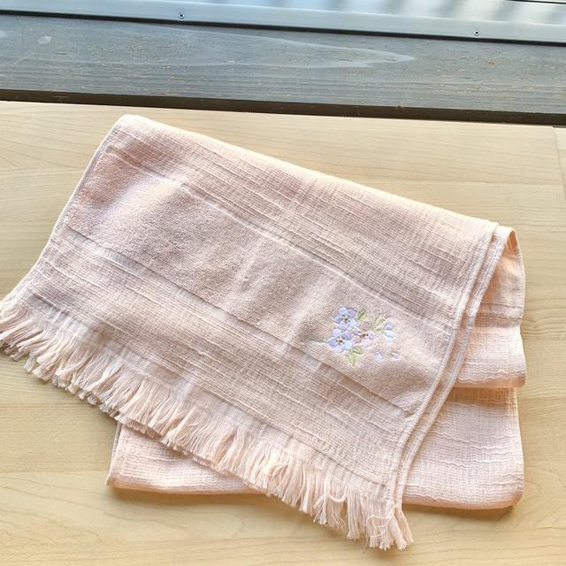 日本製 さくら染めタオルマフラー  桃色(pale pink)