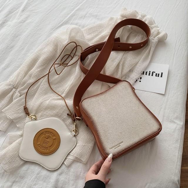 2点セット パン型 目玉焼き型 ショルダーバッグ ユニーク 韓国ファッション メッセンジャーバッグ オールシーズン バッグ レトロ かわいい / Toast bread + fried egg shoulder messenger bag (DTC-619899712267)